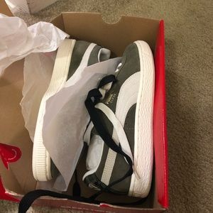 Puma Olive Green women's sneakers
